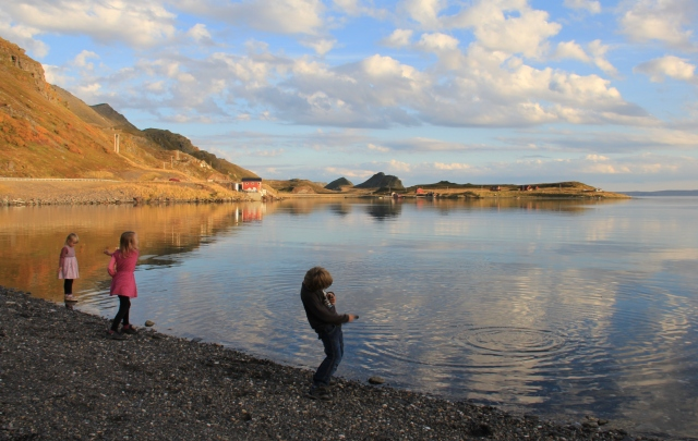 skipping rocks, family time, Autumn colors, North Cape
